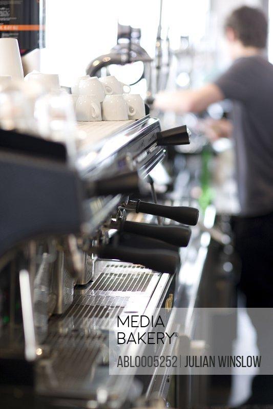 Espresso machine and barman