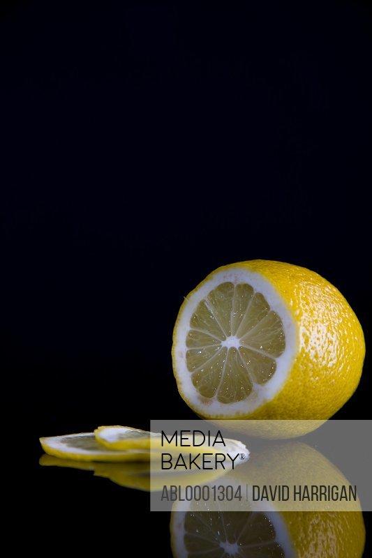 Close up of a sliced lemon