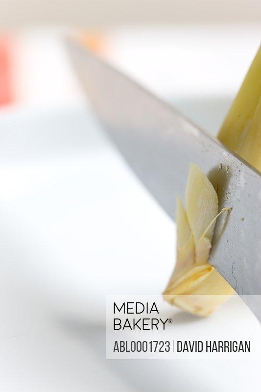 Blade slicing lemongrass