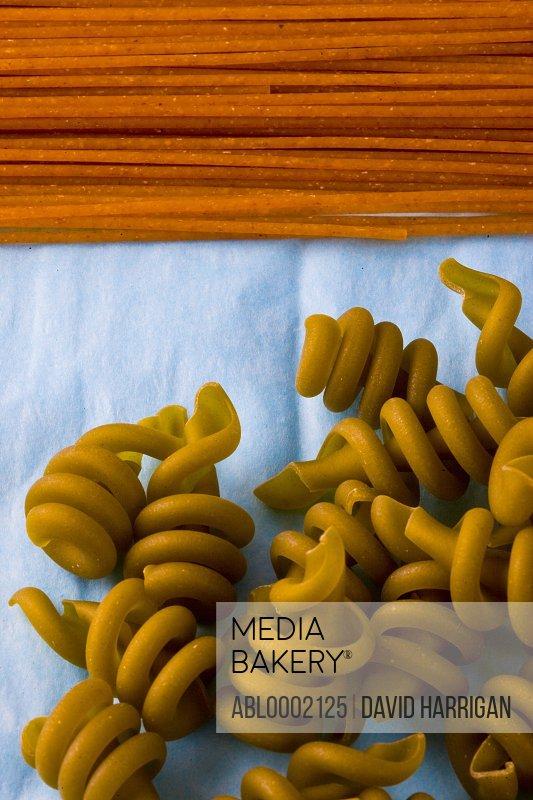 Whole Wheat Spaghetti and Green Tortiglioni Pasta