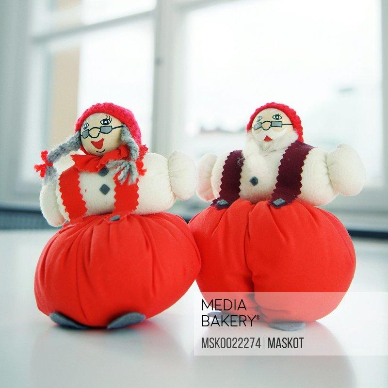 Santa Claus and Santas wife